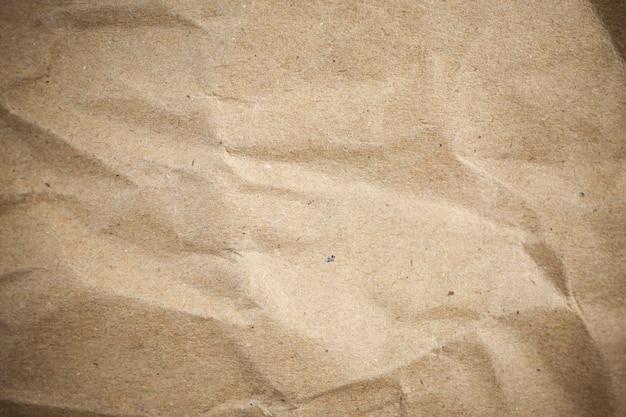 Carta stropicciata marrone vignetta. Foto Premium