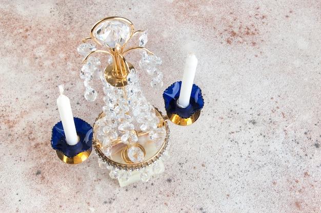 Candeliere vintage in metallo cristallo per due candele