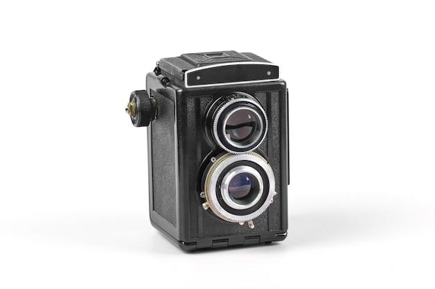 Vintage fotocamera medio formato su bianco