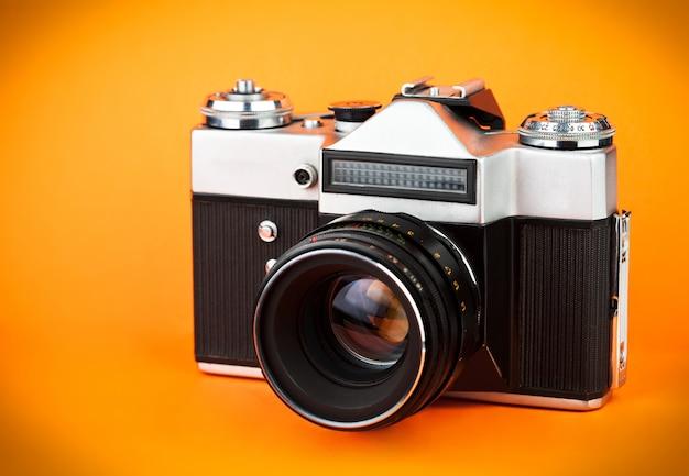 Vecchia macchina fotografica della foto del film dell'annata