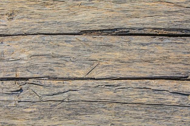 Vecchia tavola di legno vintage con struttura naturale