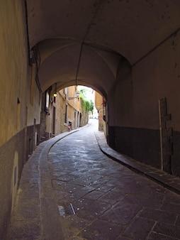 La strada vintage a firenze, italia