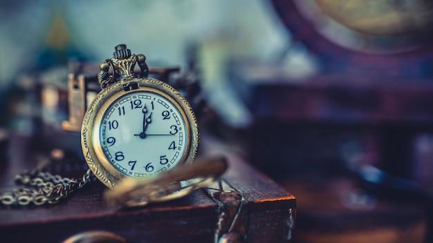 Collana di orologi vintage