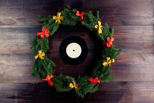 Disco grammofonico in vinile in stile natalizio
