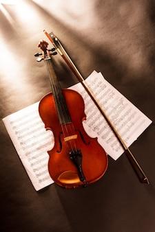 Violino e note