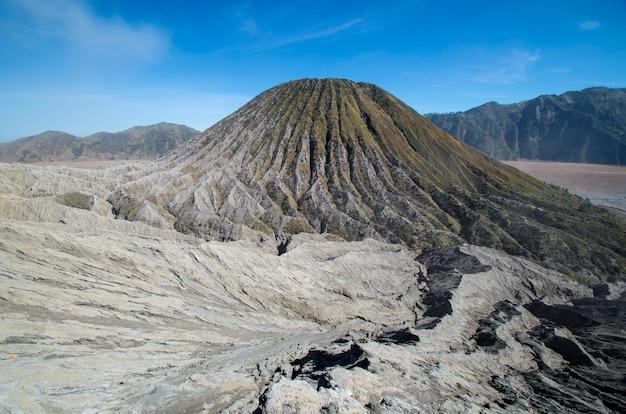 Vulcano batok â parco nazionale di bromo tengger semeru java island indonesia