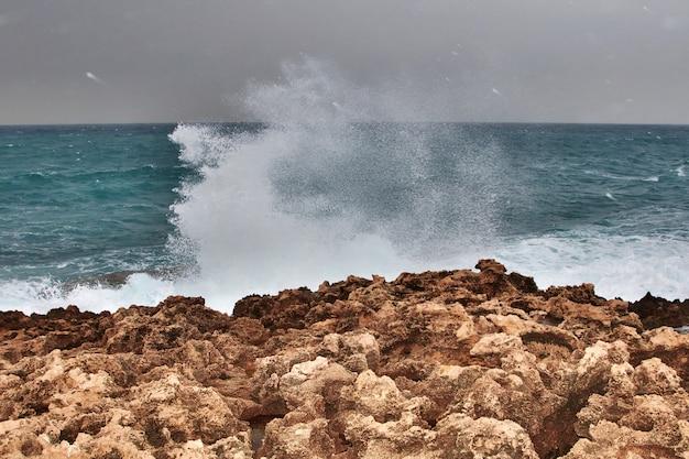Il muro di batroun, in libano