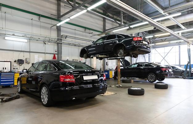 Servizio di garanzia per auto nuove da un concessionario autorizzato
