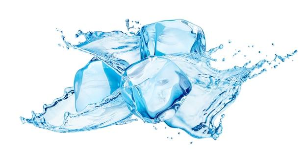 Spruzzi d'acqua con cubetti di ghiaccio isolati su sfondo bianco