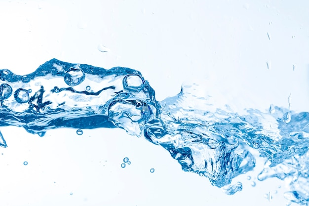 Onda di acqua con spruzza