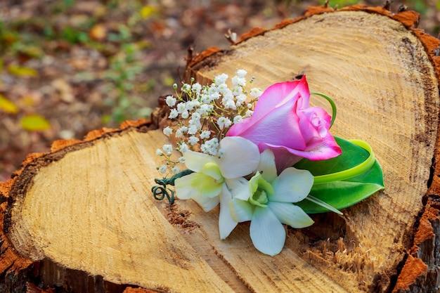 Bouquet da sposa di fiori da sposa accessori pianta, spilla, bellezza, perline, fioristi matrimonio