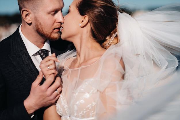 Sposi in costa azzurra matrimonio in provenza sposi in francia.