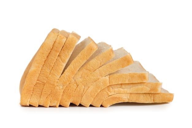 Pane bianco isolato su sfondo bianco.