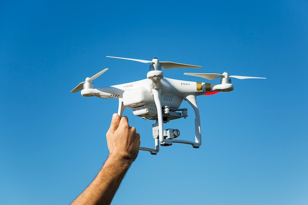 Drone bianco