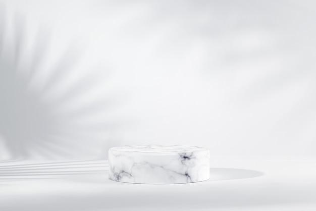 Podio cilindrico in marmo bianco con ombra fogliare su sfondo bianco