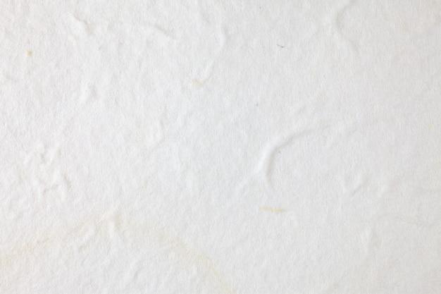 Superficie in carta di gelso bianco.