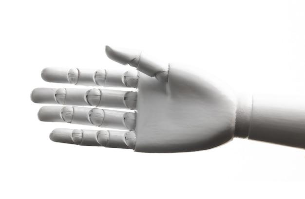 Gesto aperto della mano del robot bianco isolato su fondo bianco