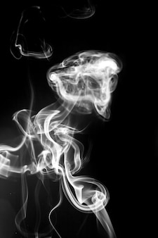 Fumo bianco su nero