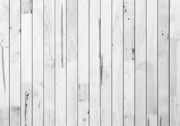 Struttura e fondo della plancia di legno bianco