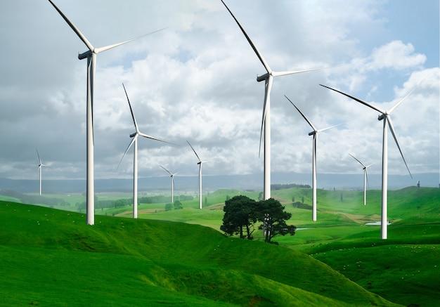 Generatore di corrente per turbine eoliche nel bellissimo paesaggio naturale per la produzione di energia rinnovabile