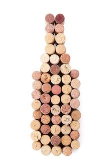 Tappi a forma di bottiglia di vino. isolato su sfondo bianco