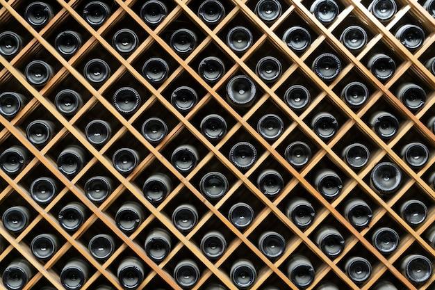 Sfondo di armadi per bottiglie di vino