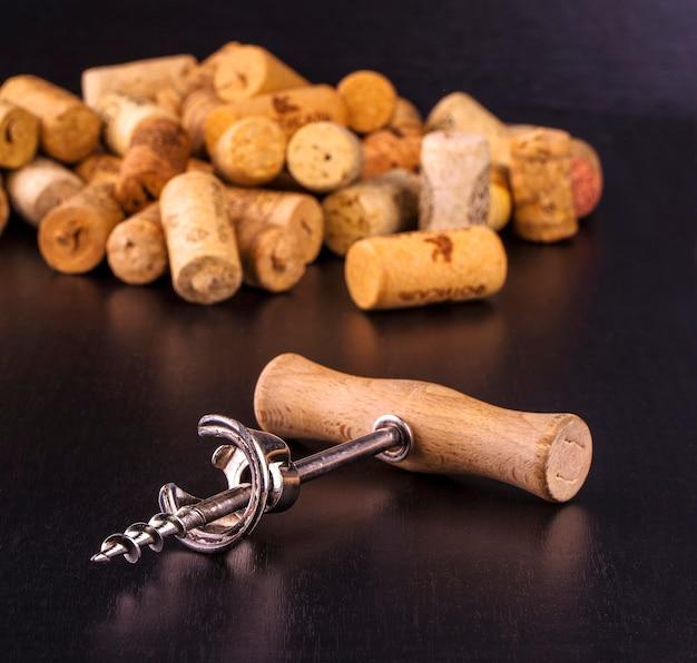 I tappi per vino e il cavatappi