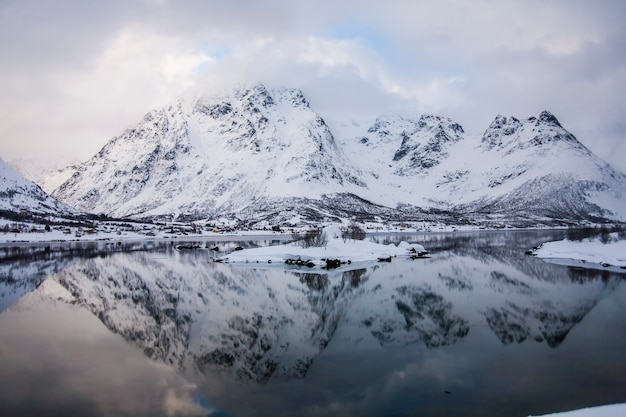 Inverno nelle isole lofoten, nel nord della norvegia.