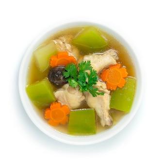 Zuppa di melone invernale con pollo carota zucca invernale