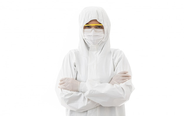 Donna in camice da laboratorio sterilizzato