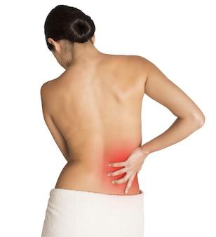 Donna con dolore alla schiena per una contrattura