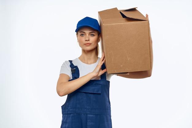 Casella della forma di lavoro della donna con servizio di caricamento di consegna degli strumenti