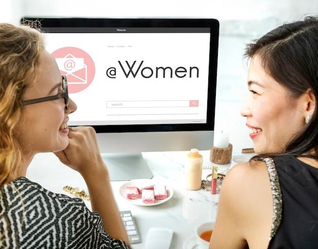 Concetto grafico della lettera di posta elettronica femminile delle donne