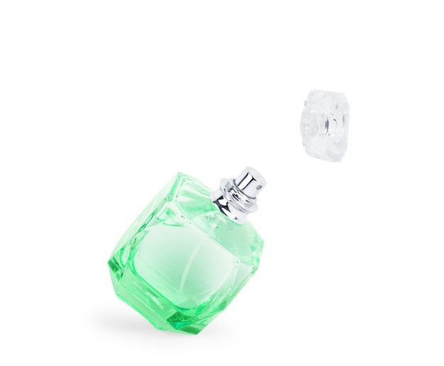 Profumo da donna in una bella bottiglia isolata su sfondo bianco