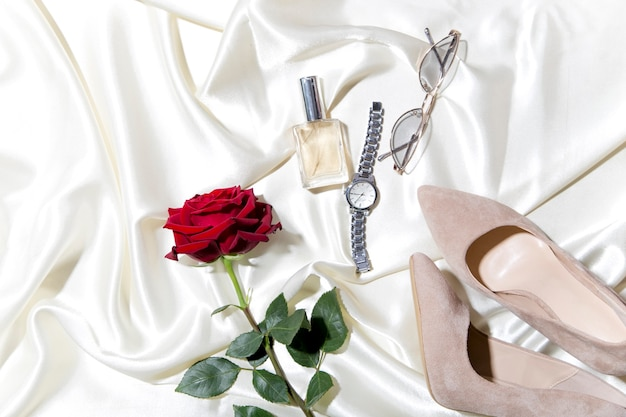 Accessori donna accessori eleganti per ragazze