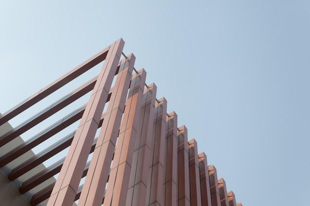 Stecca di legno stecche dell'edificio moderno