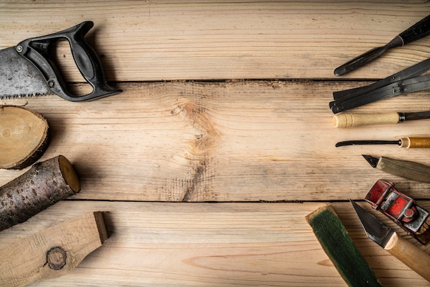 Assortimento di elementi di lavorazione del legno con spazio di copia