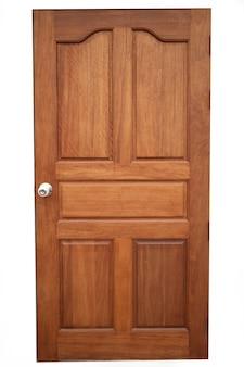 La porta di legno.