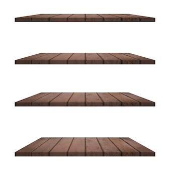 Scaffali in legno isolati su sfondo bianco