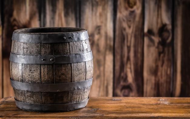 Barile in legno per grappa o cognac di whisky di vite di birra