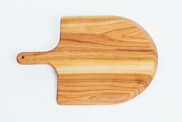 Tagliere in legno isolato