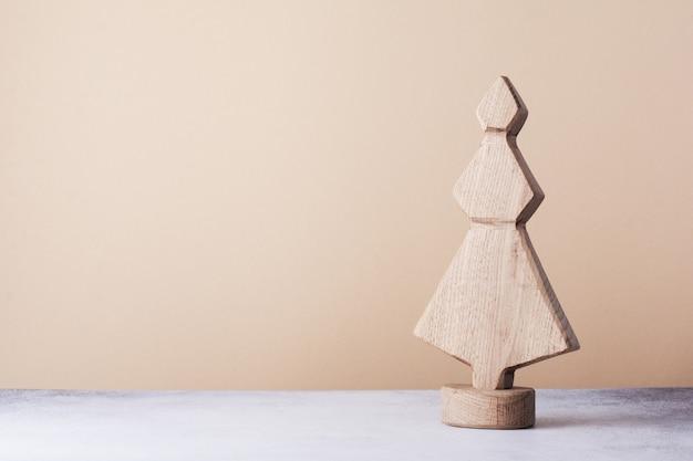 Albero di natale decorativo in legno