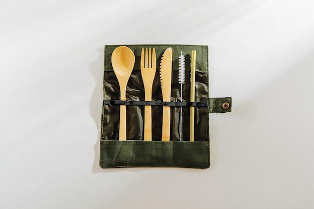 Set di stoviglie in legno. set di posate coltello a forchetta in bambù con borsa in tessuto utensili da cucina per picnic,