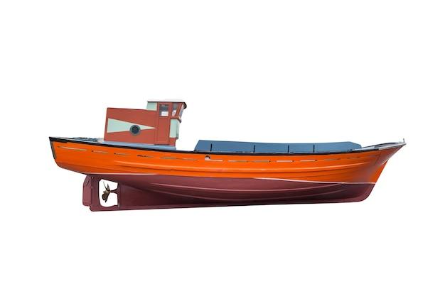 Barca da pesca in legno isolato su bianco