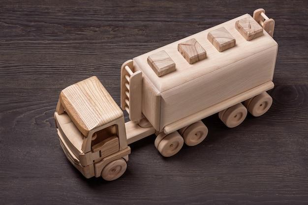 Baule del gas giocattolo in legno