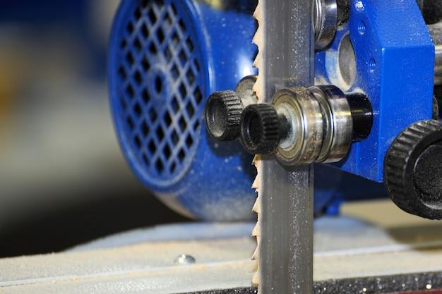 Macchina per la lavorazione del legno tavole da taglio per sega a nastro
