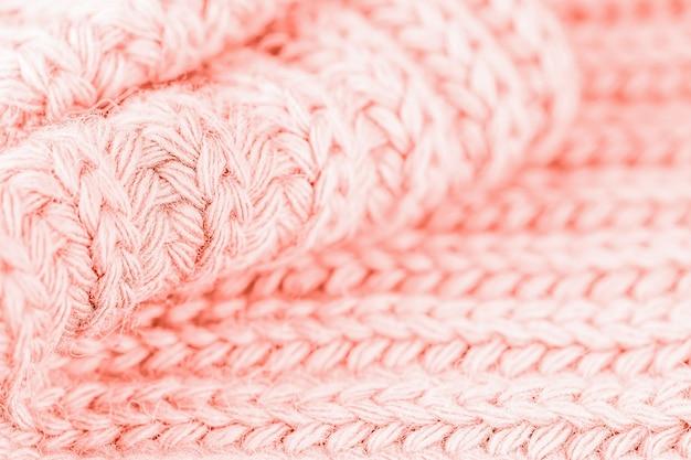Fondo in maglia di lana, colore rosa corallo