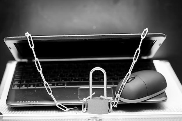 Giornata mondiale senza internet articoli di apparecchiature informatiche
