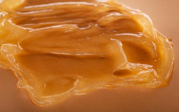 Macchia cosmetica gialla in gel liquido