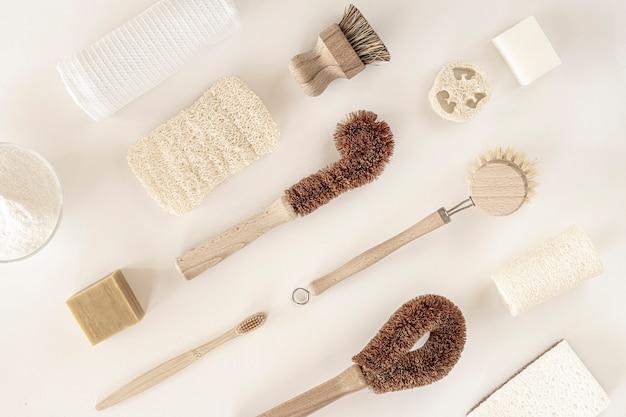 Strumenti per la pulizia della cucina a spreco zero